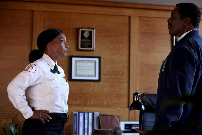 """CHICAGO FIRE -- """"Mayday"""" Episode 1001 -- Pictured: (l-r) J. Nicole Brooks as Gloria Hill, Eamonn Walker as Wallace Boden -- (Photo by: Adrian S. Burrows Sr./NBC)"""