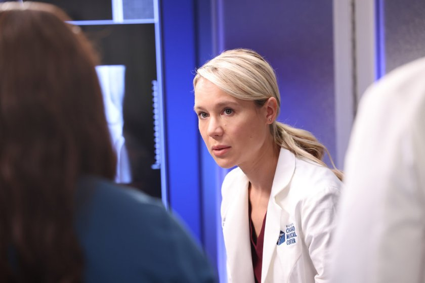 """CHICAGO MED -- """"You Can't Always Trust What You See"""" Episode 701 -- Pictured: Kristin Hager as Dr. Stevie Hammer -- (Photo by: George Burns Jr/NBC)"""