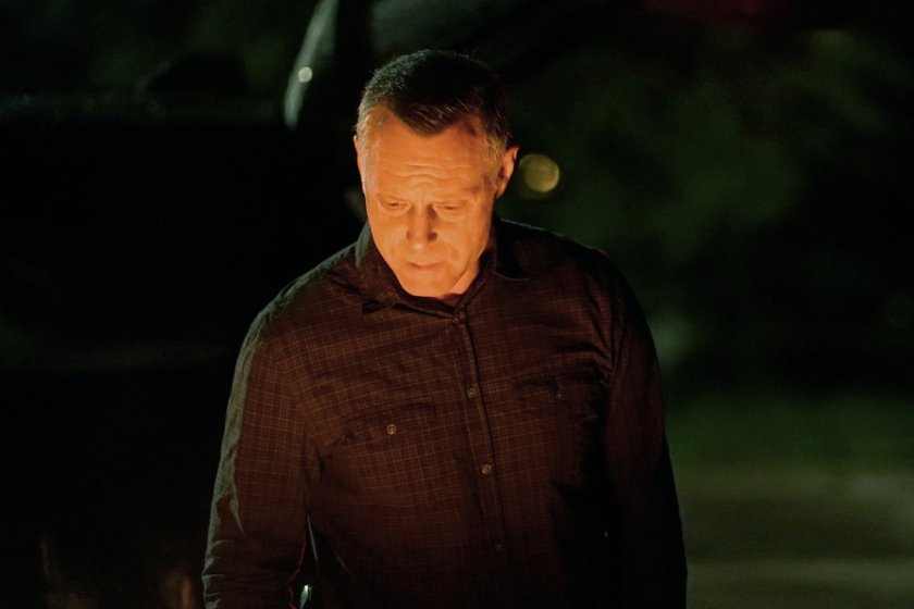 "CHICAGO P.D. -- ""Closure"" Episode 901 -- Pictured: Jason Beghe as Hank Voight -- (Photo by: Lori Allen/NBC)"