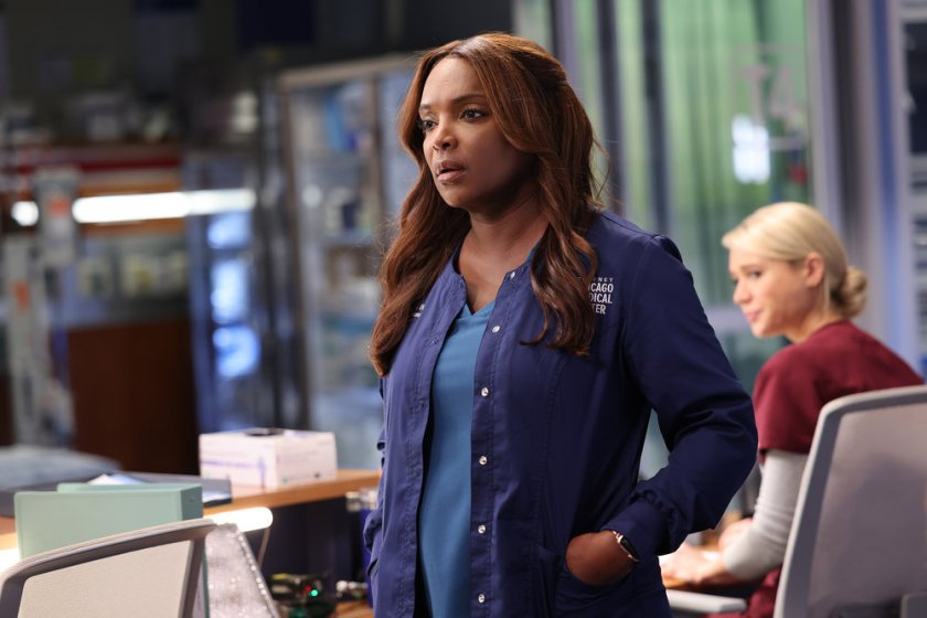 """CHICAGO MED -- """"Status Quo, aka The Mess We're In"""" Episode 704 -- Pictured: Marlyne Barrett as Maggie -- (Photo by: George Burns Jr/NBC)"""