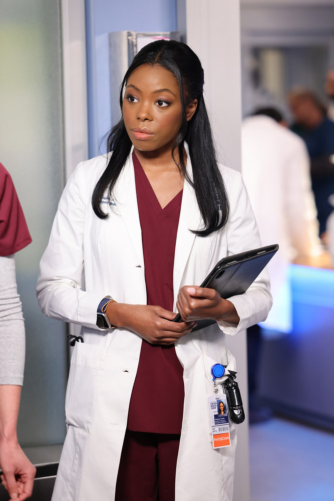 """CHICAGO MED -- """"Status Quo, aka The Mess We're In"""" Episode 704 -- Pictured: Asjha Cooper as Vanessa Taylor -- (Photo by: George Burns Jr/NBC)"""