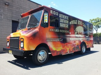 Protect a Vehicle Vinyl Wrap in Des Plaines IL
