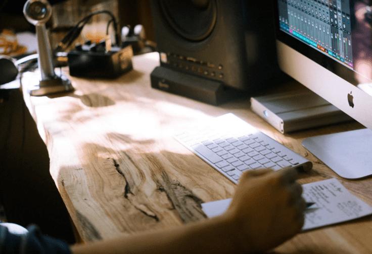 computer_recording_audio
