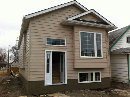 New vinyl siding on Winnipeg home