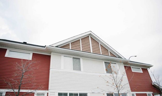 Vinyl siding on Winnipeg multi family project