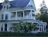 lots-of-levels-and-lots-of-porches