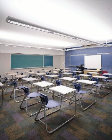 Hunter High classroom with the lights on General Mode