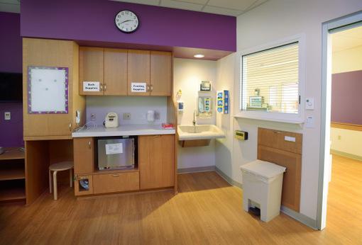 ETC Unison Mosaic_Childrens Hospital of WisconsinPatient room_credit Children's Hospital of WI