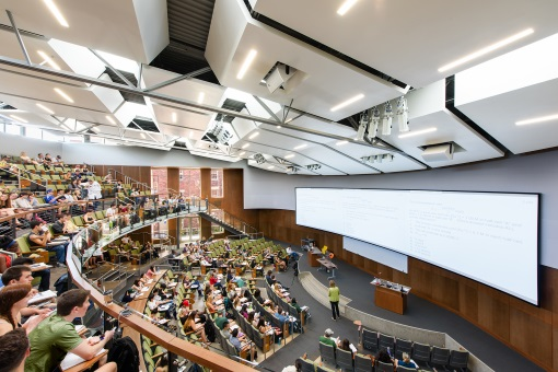University of Oregon Straub Hall Wins 2016 IES Lighting Control Innovation Award