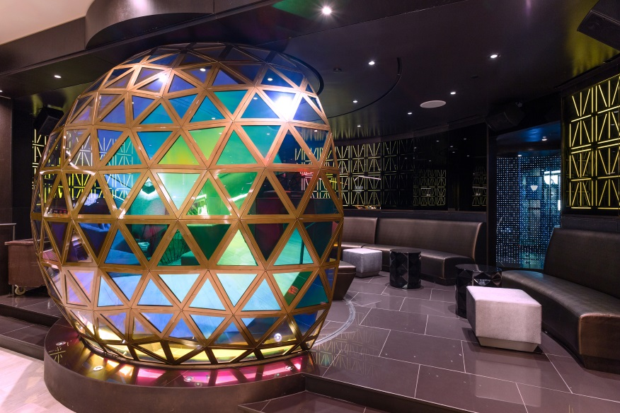 W Hotel Times Square Wins 2016 IES Lighting Control Innovation Award