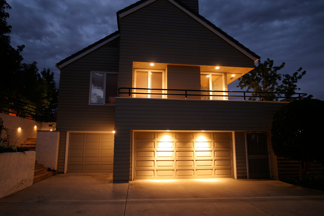 garage door lighting