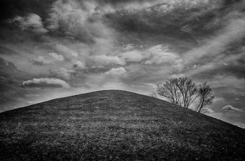 Central Mound, Seip Earthworks, OH