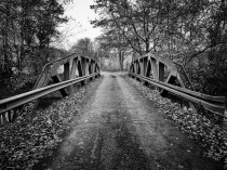 Holmes County bridge in autumn
