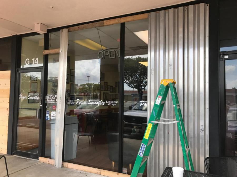 The+well-known+Aventura+smoothie+shop+opened+Monday%2C+September+11%2C+2017%2C+a+day+after+Irma%27s+Florida+landfall.+Before+employees+turned+on+the+%22Open%22+sign%2C+they+were+blending+drinks.