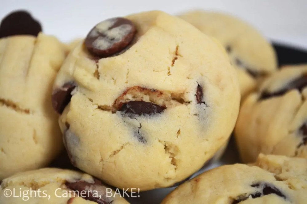 Old Fashioned Chocolate Chip Cookies. A traditional chocolate chip cookie recipe that tastes just like what Grandma used to make. They're soft and melt in the mouth. Everyone loves these cookies. #chocolatechipcookies #traditionalchocolatechipcookierecipe