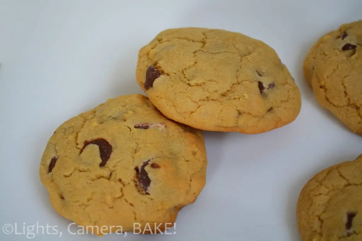 Rolo Stuffed Chocolate Chip Cookies are thick and chewy chocolate chip cookies with a Rolo hidden in each one for a burst of caramel. These are great for caramel and cookie lovers alike. #rolochocolatechipcookies #caramelstuffedchocolatechipcookies