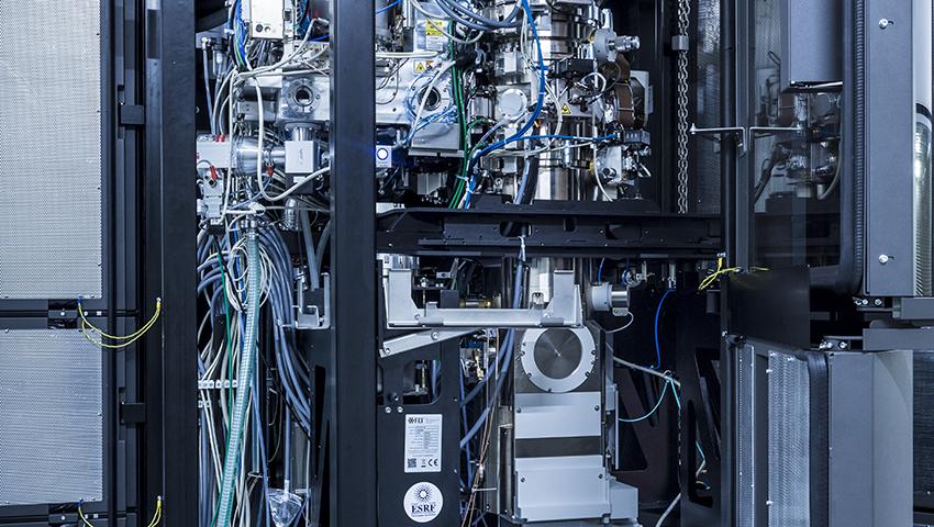 Inauguration of a Cryo-electron microscope platform at the ESRF