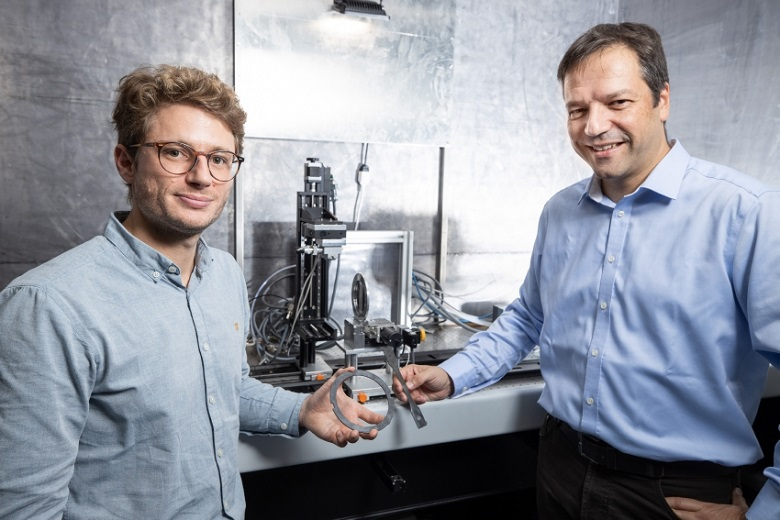 A fast and precise look into fibre-reinforced composites