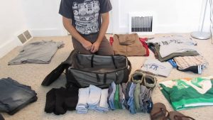 how to pack a backpack with clothes 1
