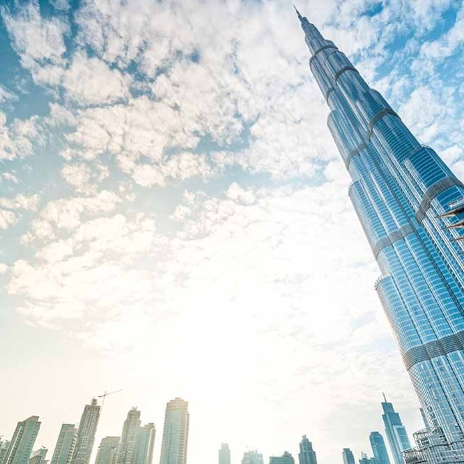 Dubai Backpacking Guide for First Time Visitors