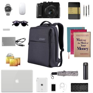 what you should pack in your college backpack