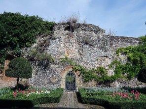 Greys Court wllaed garden_1