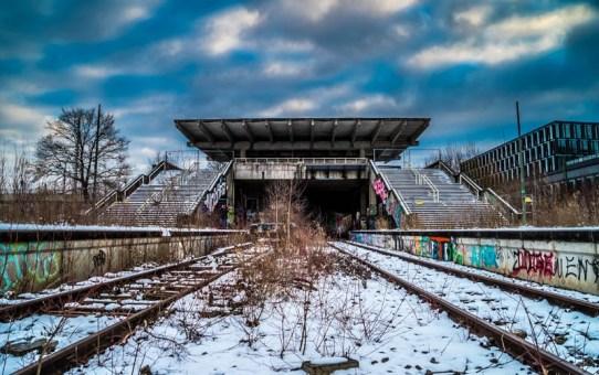 Lost Place in München – der Geisterbahnhof München Olympiastadion