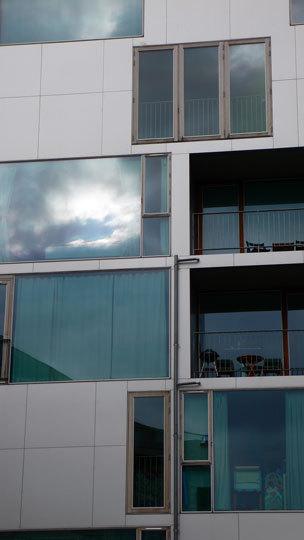 VM Houses, zoom façade, logements M - Ørestad City, Copenhague, Danemark - Architectes : Bjarke Ingels Group, Julien De Smedt Architects - Photo : Vincent Laganier
