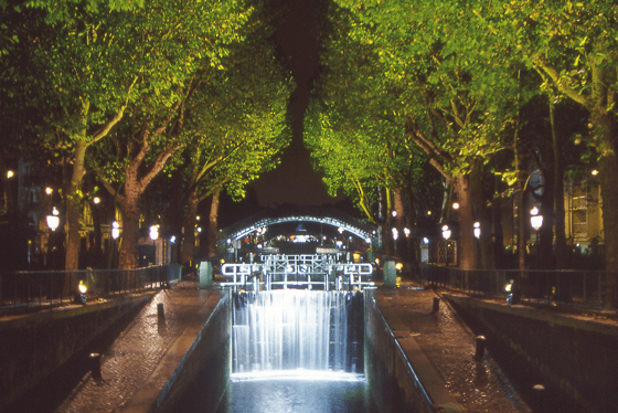 Canal Saint-Martin – Yann Kersalé – AIK – Nuit Blanche, Paris, France - Photo : Vincent Laganier