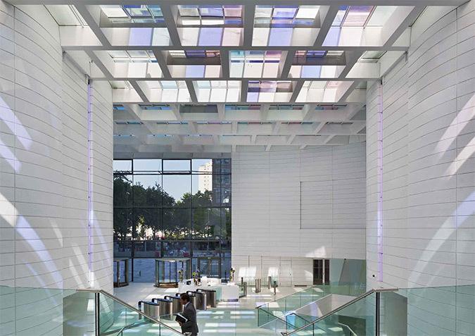 Transparence sur la ville, hall d'accueil, Tour Eqho, Paris-La Défense, France - Hubert & Roy architectes et associés - Concepto, Roger Narboni © Fernando Javier Urquijo photographe