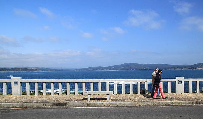 Promenade en front de mer, Muxia, Galice, Espagne - Photo : Vincent Laganier