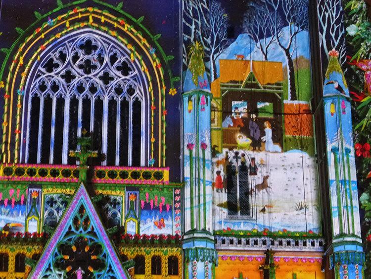 7 Son et lumiere - Illumi Nantes - Facade de la Cathedrale - Peinture Yann Thomas - Images Spectaculaires © Vincent Laganier