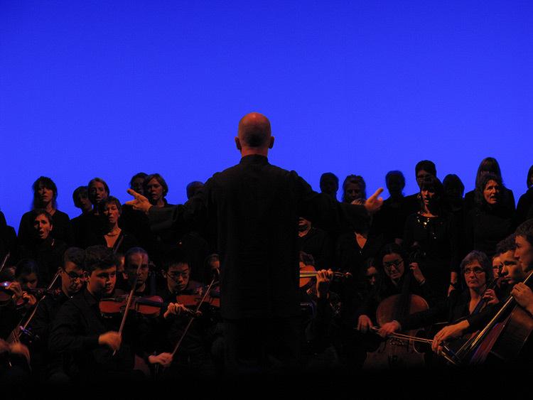 Mono Light, Eric Michel, 2014 - Symphonie Monoton-Silence, Yves Klein - Philharmonie Luxembourg, Rainy days 2014 - Photo : Eric Michel