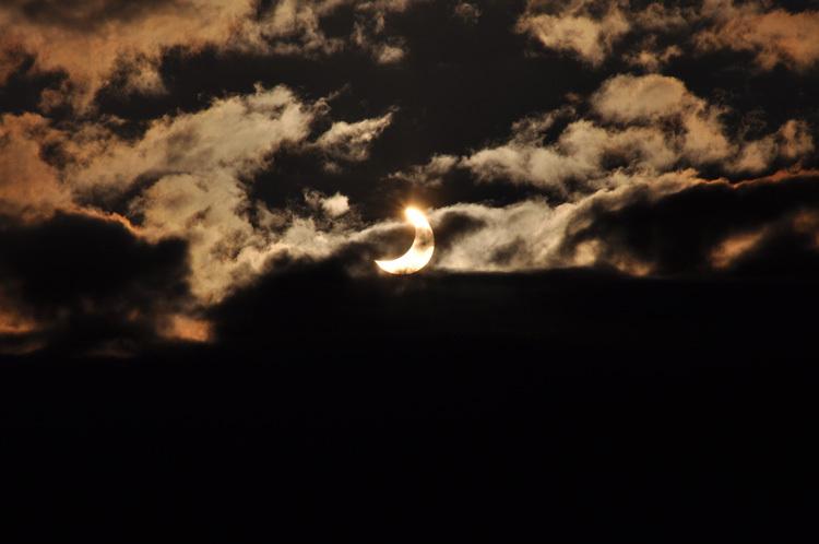 Eclipse-de-Soleil-4 Janvier 2011-Photo2-Observatoire-de-Lyon.jpg