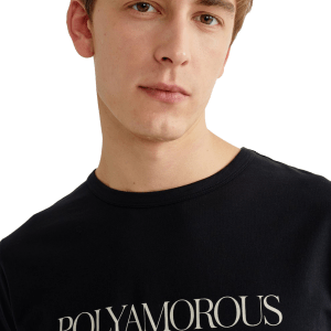 T-shirt poly-amour