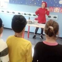 Scuole a lezione di cucina salutare con chef Rosa D'Agostino