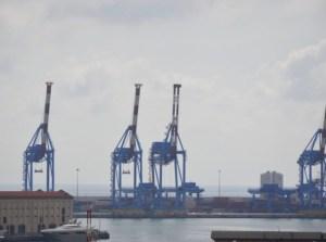 Incidente sul lavoro, due operai ustionati al porto di Genova