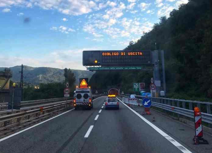 autostrada A7 chiusa Ronco Scrivia