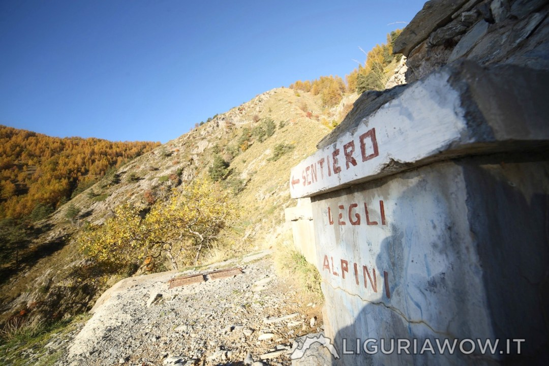 Fontana Itala all'inizio del Sentiero degli Alpini
