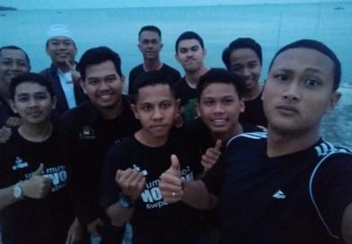 Komunitas Halaqoh Pemuda Taqwa Gelar MABIT di Pantai Nabila Dompak