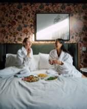 Toronto-lifestyle-photography-broadview-hotel-12