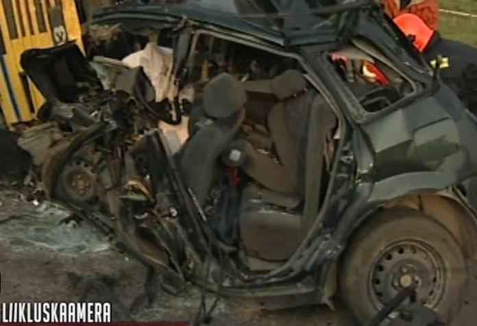 Traagiline liiklusõnnetus Tallinn-Tartu maanteel