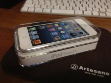 iPod touch 第5世代 MD720J/A 32GB ホワイト&シルバー購入