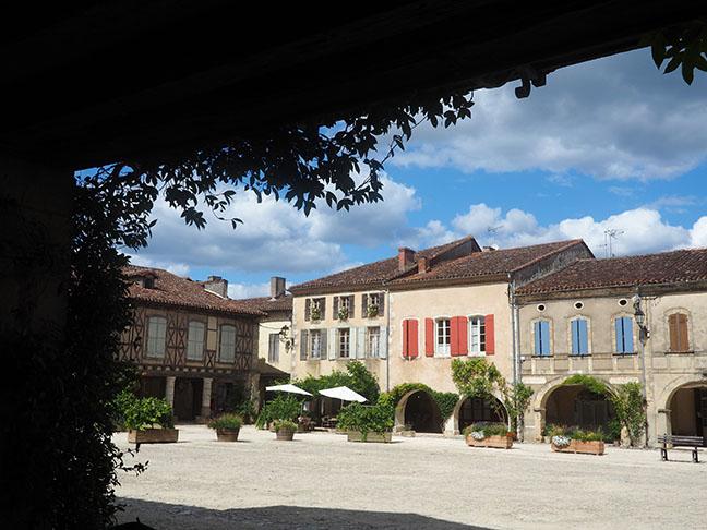 Place Labastide d'Armagnac 2