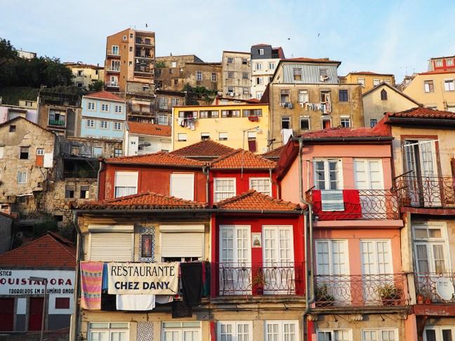 façade-ribeira-porto