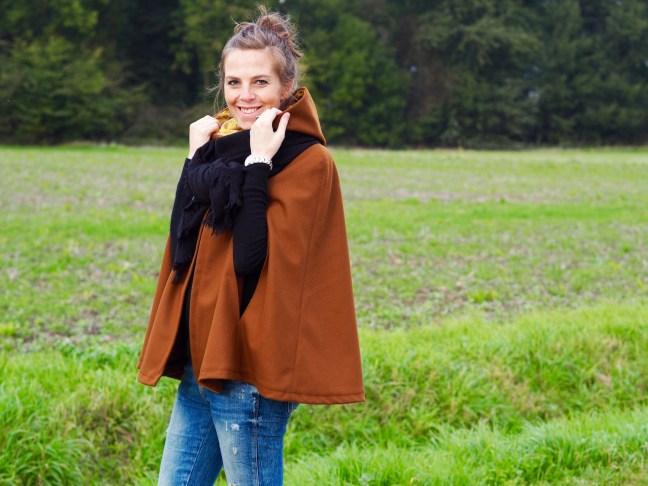coudre-cape-femme-automne