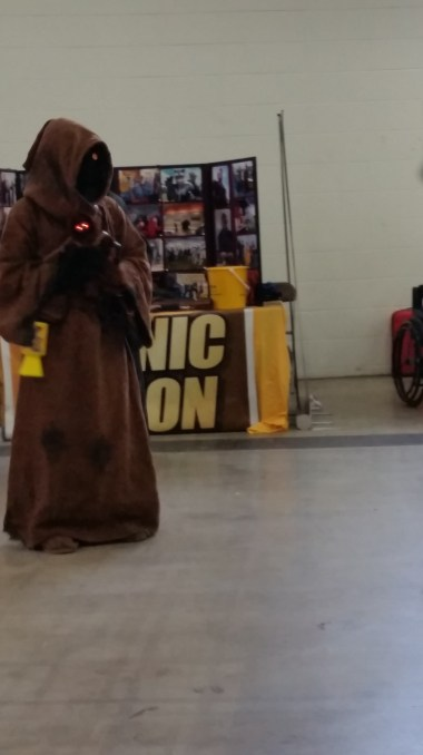 A Jawa asking for donations....