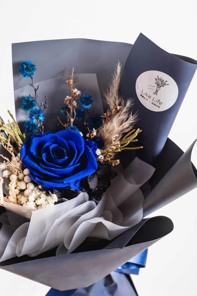 永生花束藍色,藍色永生花特寫