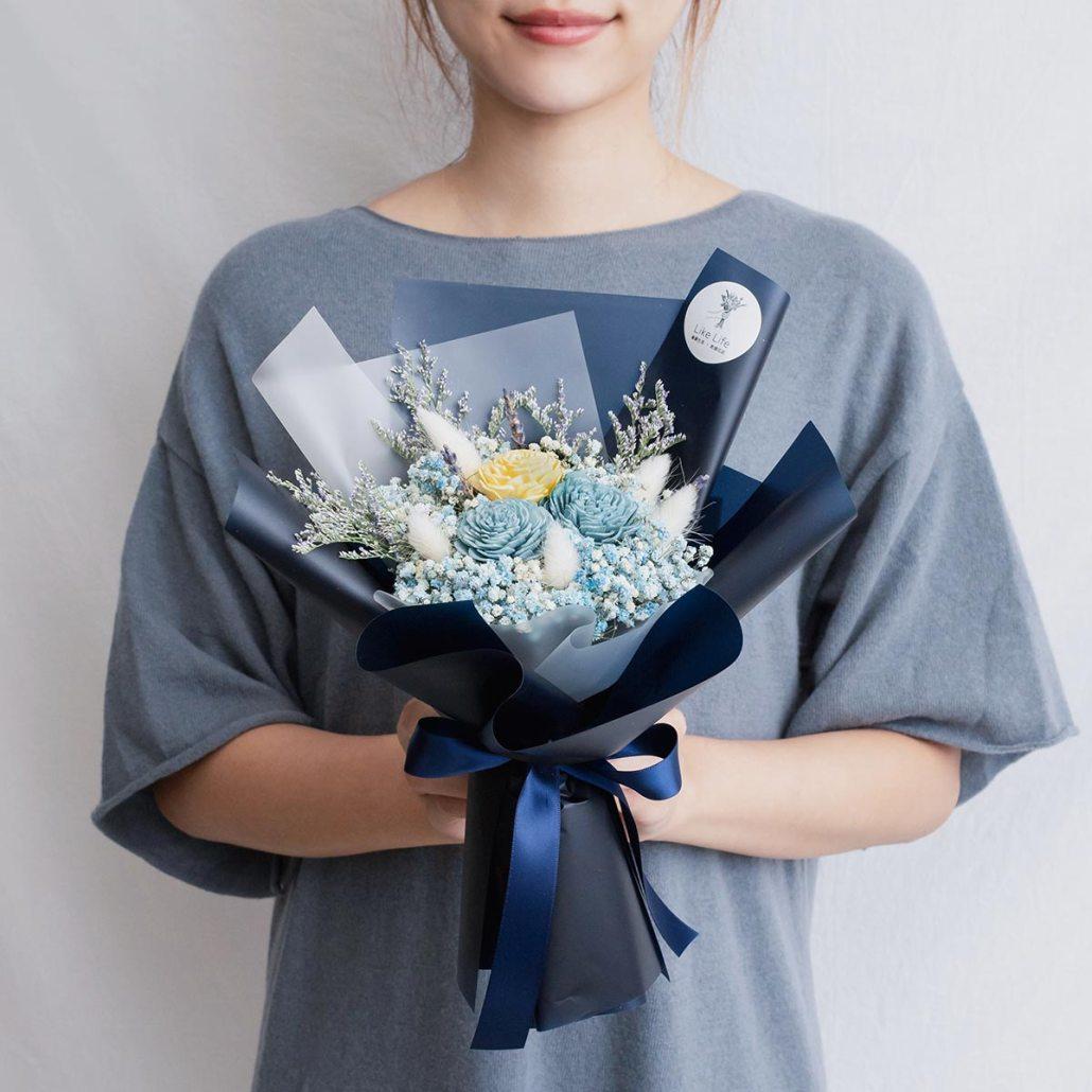 藍色玫瑰乾燥花束,玫瑰乾燥花束藍色手拿,台北喜歡生活乾燥花店