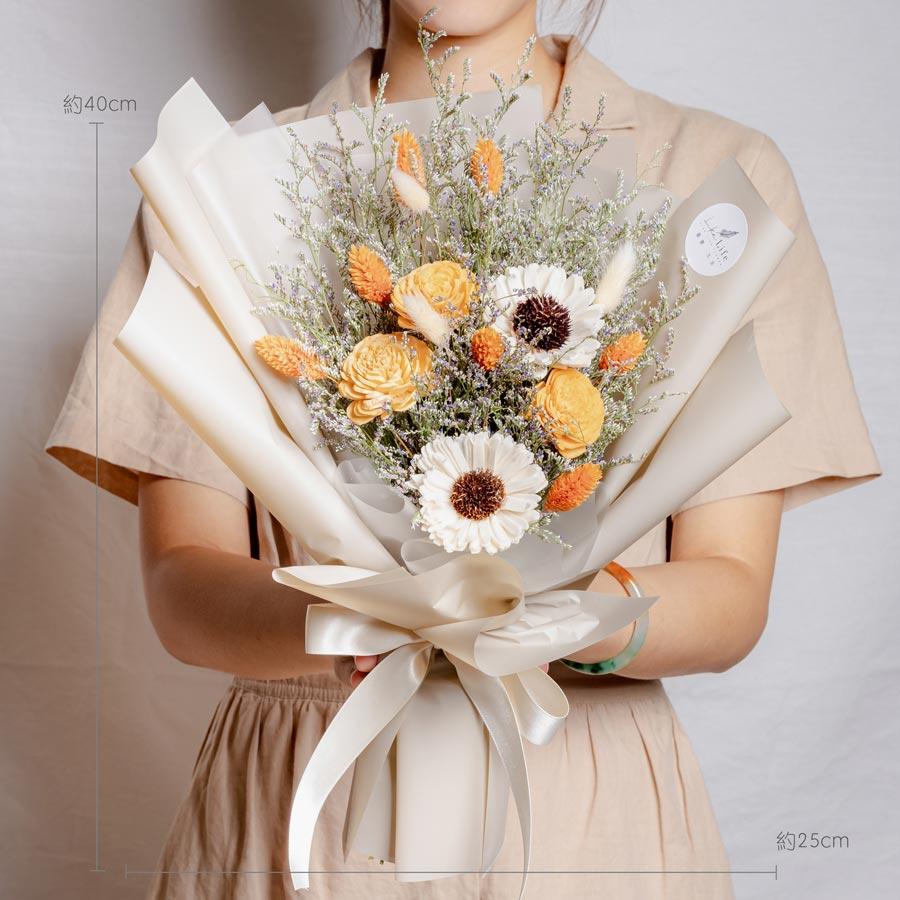 畢業花束推薦台北,向日葵畢業花束奶茶色,畢業花束